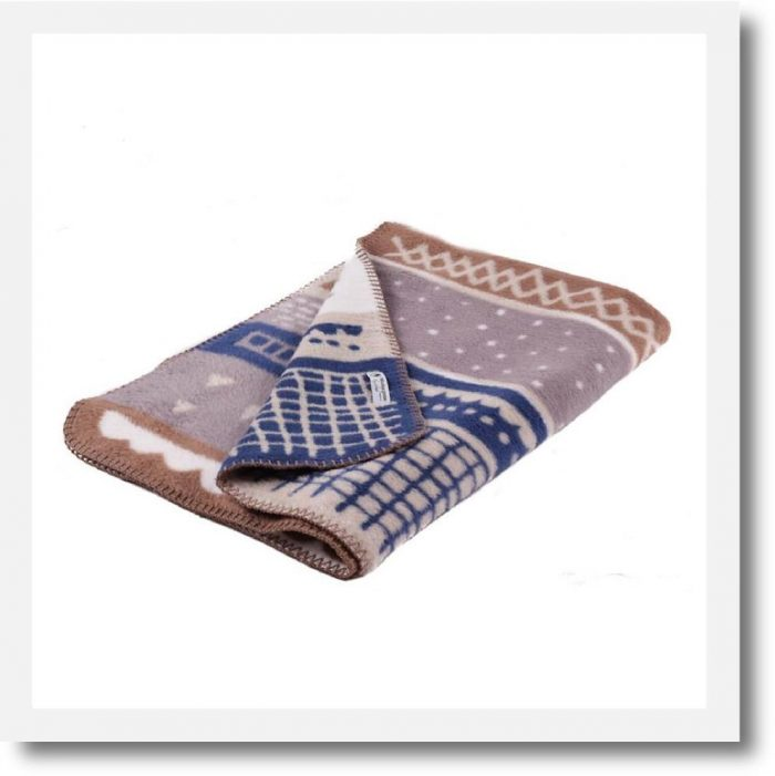Fabulous Goose Stories Organic Blanket