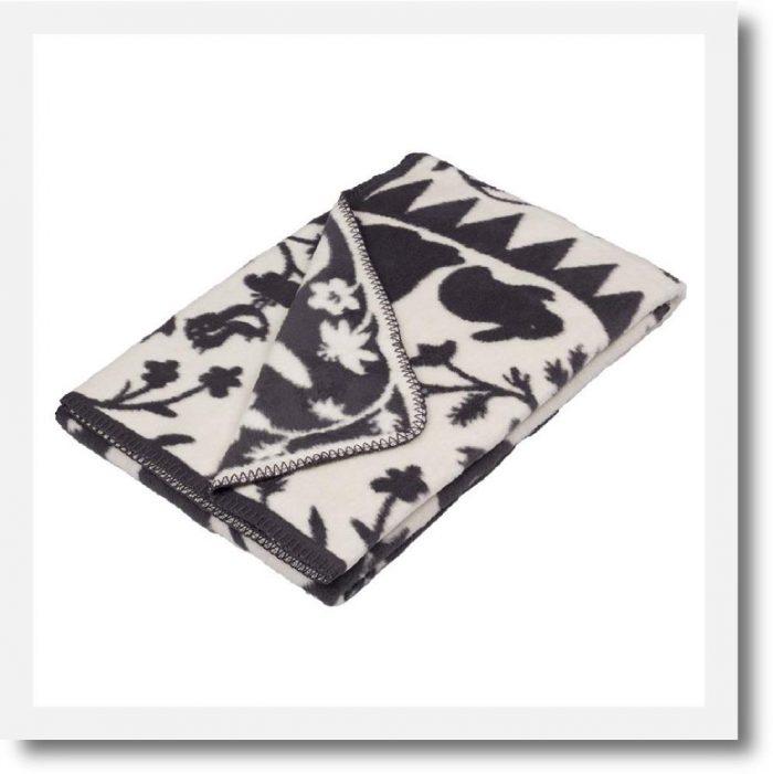 fabulouse goose organic blanket